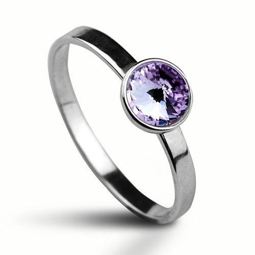 Stříbrný prsten s kamenem Crystals from Swarovski®, barva: VIOLET (1,41 g, 58)