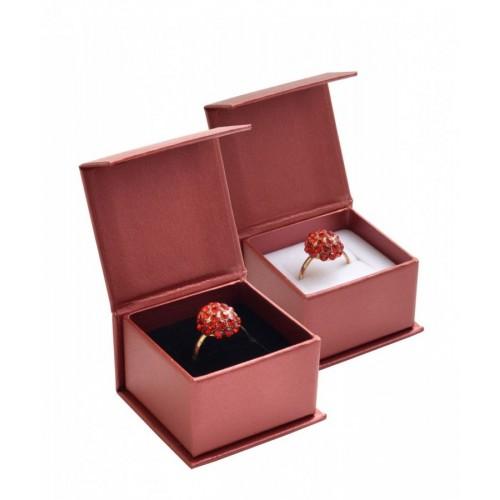 Dárková krabička na prsten červená, magnetické zavírání