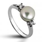 Stříbrný prsten s přírodní perlou 7,5 mm (2,35 g, 52) [0]